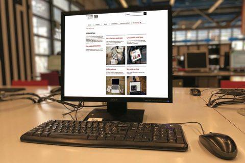 photo d'un ordinateur public de la bibliothèque