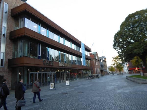 Vue extérieure de la bibliothèque d'Herning