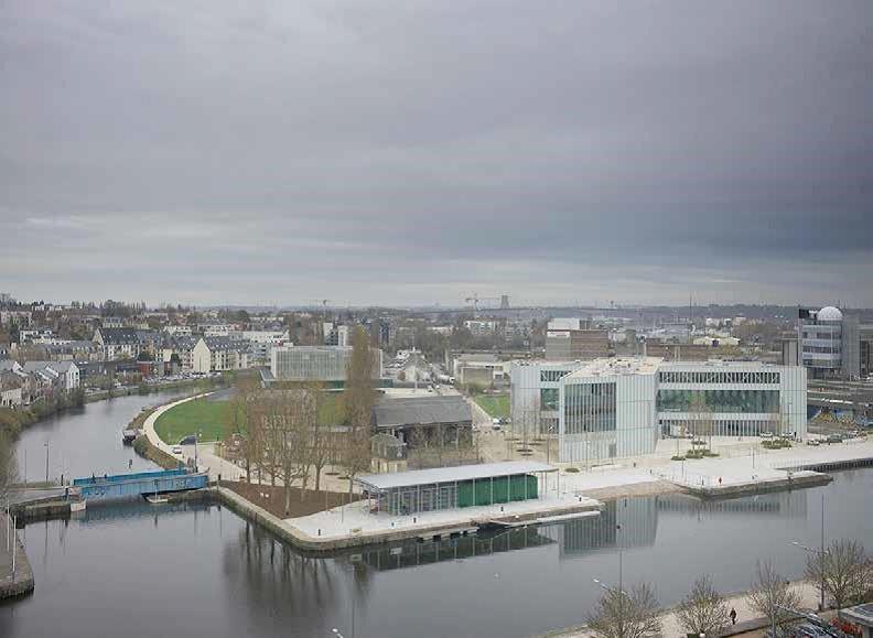 vue urbaine port de caen (photo Julien Lanoo)