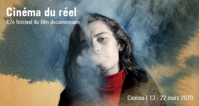 affiche du Cinéma du réel représentant une jeune femme brune soufflant sur son visage la fumée d'une cigarette