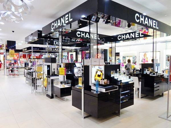 Photo d'un magasin de la marque Chanel
