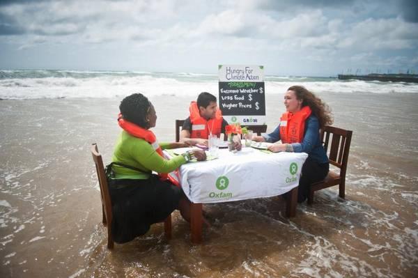 campagne OXFAM de sensibilisation aux risques liés aux changements climatiques, à Durban en 2011