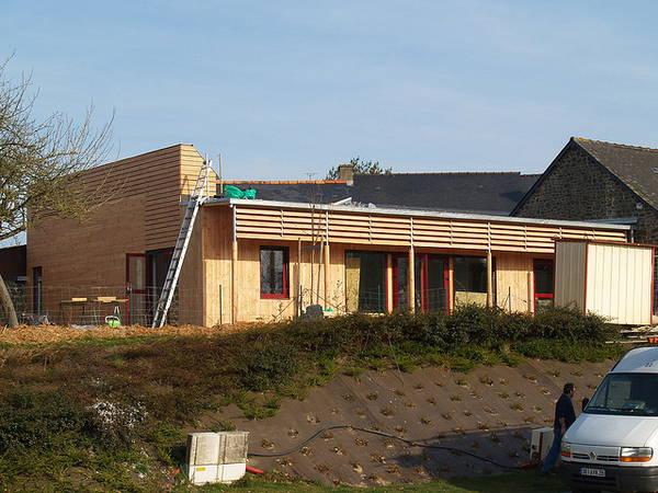 Maison Petite Enfance en bois bâtiment BBC