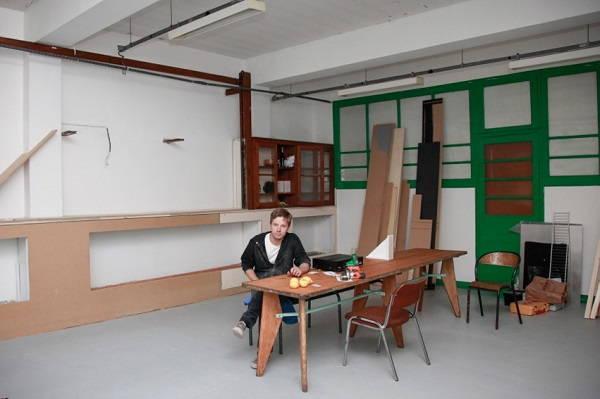 César Chevalier dans son atelier du DOC