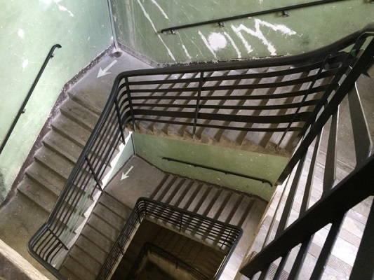 Escalier central du DOC