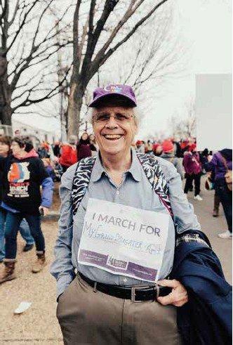 photographie d'un participant à la marche des femmes