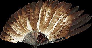 éventail en plumes