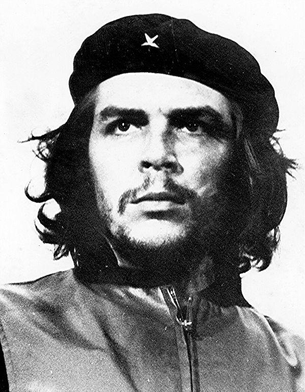 Portrait photographique du Che en 1960