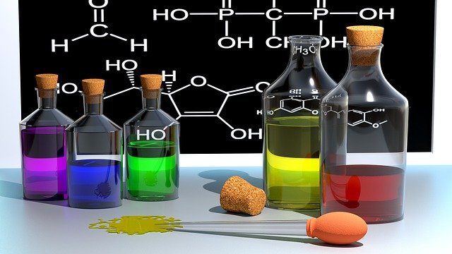image numérique de flacons de chimie colorés