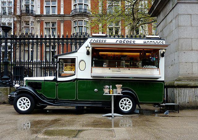 Photographie d'un food truck en Angleterre
