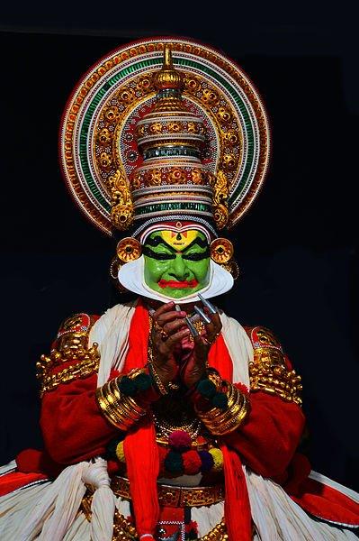 acteur dans la pièce de théâtre Kathakali Nalacharitam